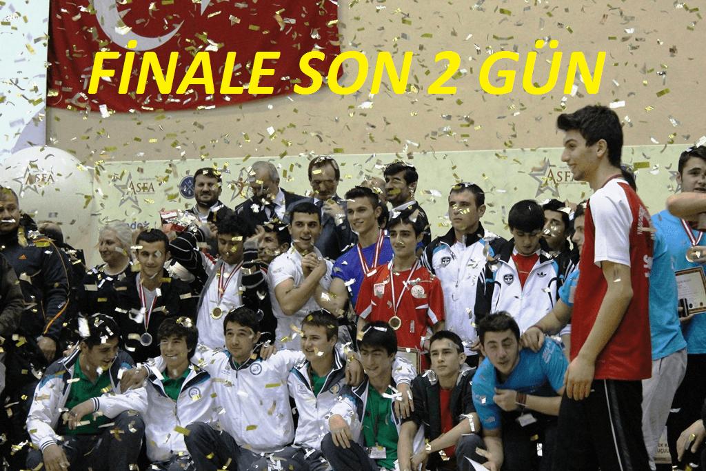 Genç Erkekler Bilek Güreşi Finaline SON 2 GÜN!