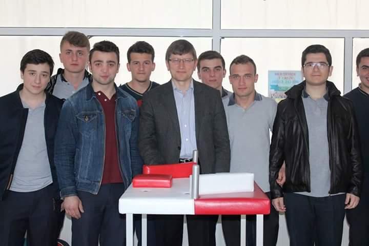 Ordu Ünye Ünçek, 7 Okula Bilek Güreşi Masası Kazandırdı