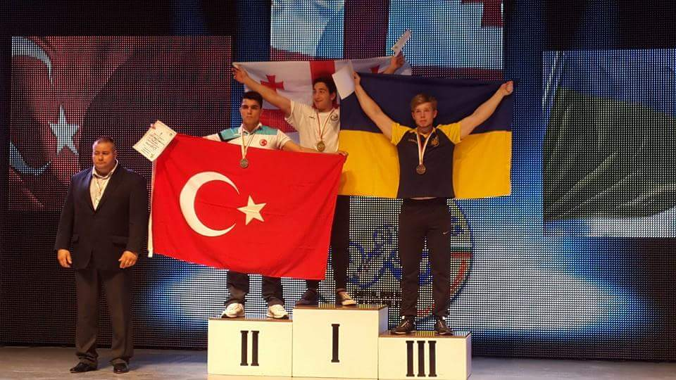 Kocaeli Lider Gençlik Sporcusu, Avrupa Bilek Güreşi İkincisi Oldu