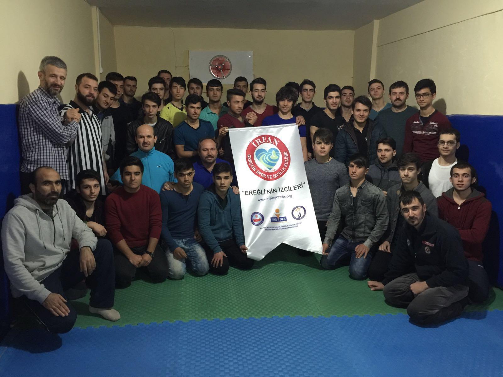 Konya Ereğli İrfan Gençlik, Bölgesel Bilek Güreşi Yarışması Düzenledi