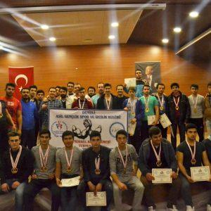Denizli Asil Gençlik, Bilek Güreşi İl Elemelerini Tamamladı