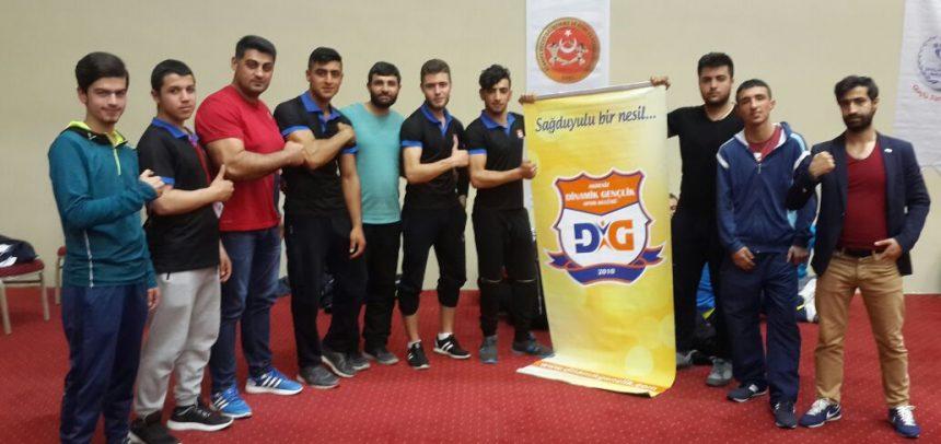 Akdeniz Dinamik Gençlik Bilek Güreşi Sporcusu, Türkiye Birincisi Oldu