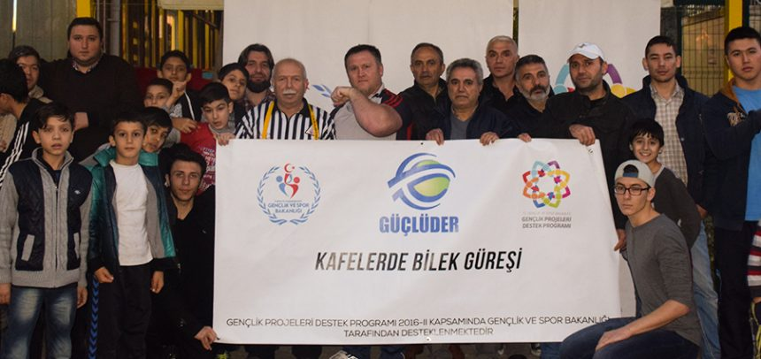 """İstanbul GÜÇLÜDER, """"Kafelerde Bilek Güreşi"""" Projesine Devam Ediyor"""