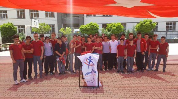 Bursa İrfan Gençlik, İnegöl'de Bilek Güreşi Müsabakaları Düzenledi