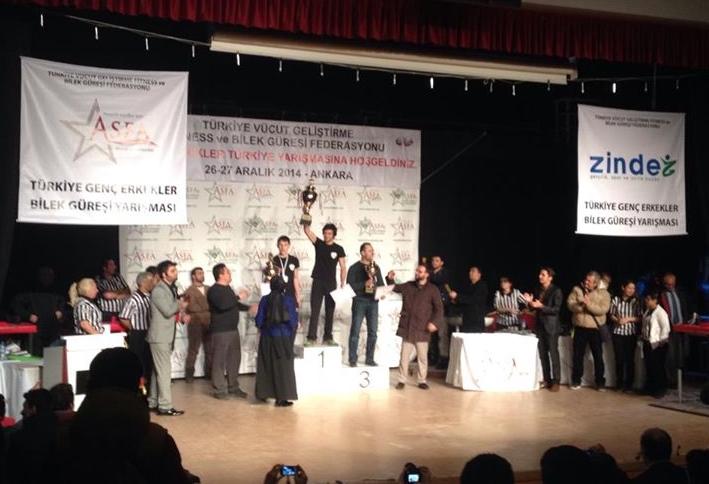 """Zinde Gençlik ve Asfa'nın Düzenlediği """"Türkiye Bilek Güreşi Yarışması"""", Coşkuyla Tamamlandı"""