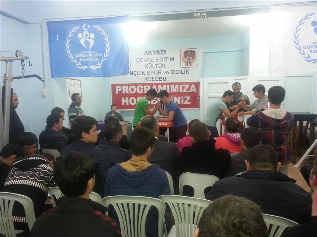 Sakarya Akyazı Gençlik, Liseler Arası Bilek Güreşi Turnuvasını Tamamladı