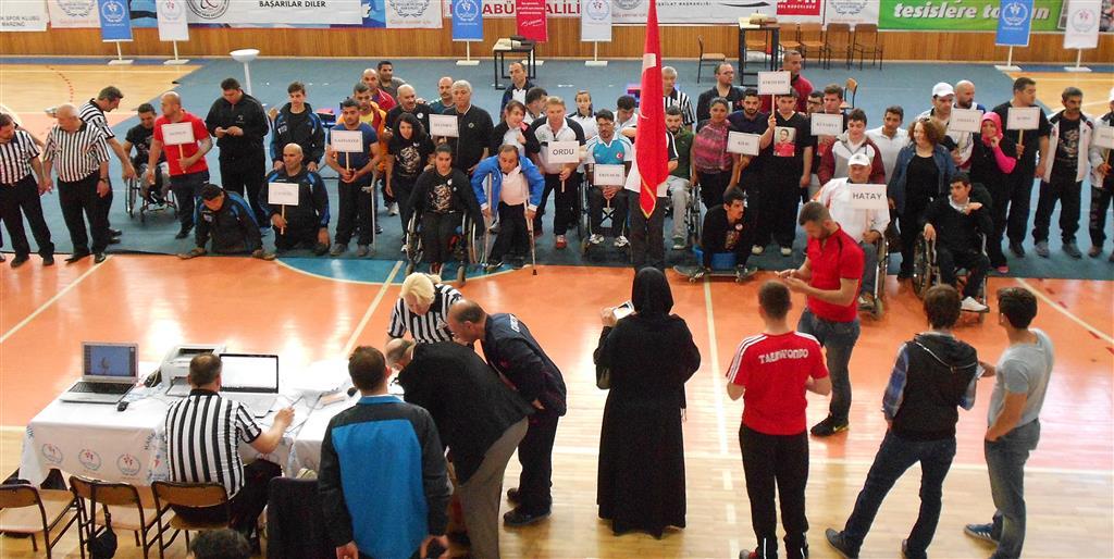 Ordu Ünye ÜNÇEK Engelli Bilek Güreşi Takımı, Türkiye Şampiyonasından 1 Altın, 4 Gümüş, 1 Bronzla Döndü