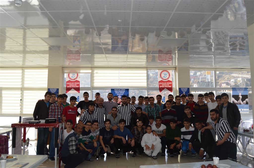 Kayseri Hacılar Zinde, Genç Erkekler Bilek Güreşi Yarışması Düzenledi