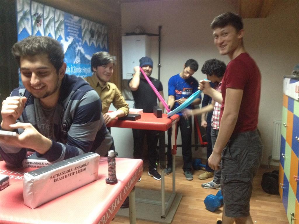 Karabük Genç Eksen Bilek Güreşi Takımı, Büyükler Türkiye Yarışması Hazırlıklarına Başladı