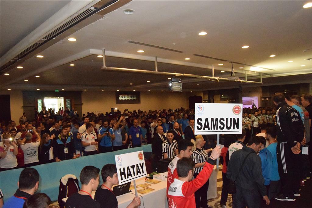 Samsun Yıldız Gençlik, Türkiye Bilek Güreşi Yarışması'ndan Dereceyle Döndü