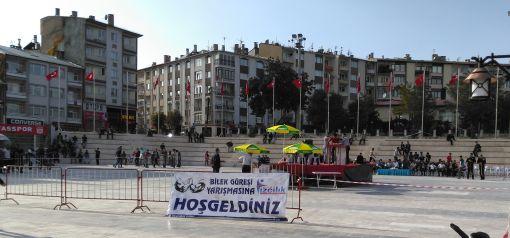 Sivas Gençlik, Sivas Belediyesi ile Bilek Güreşi Yarışması Düzenledi