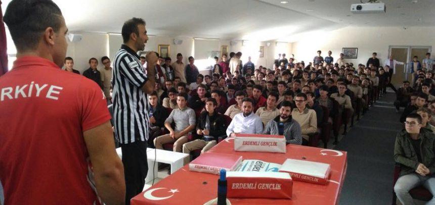 Konya Erdemli Gençlik, Lise Öğrencilerine Bilek Güreşini Tanıttı